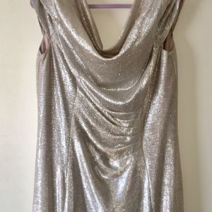 Evening dress. Silver sparkles. Size 14W